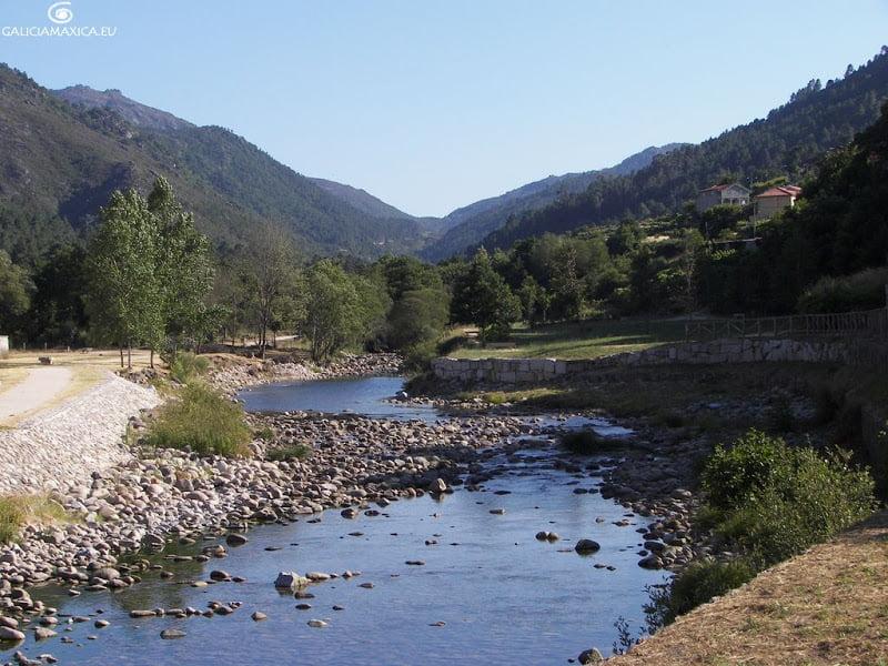Valle del río Caldo