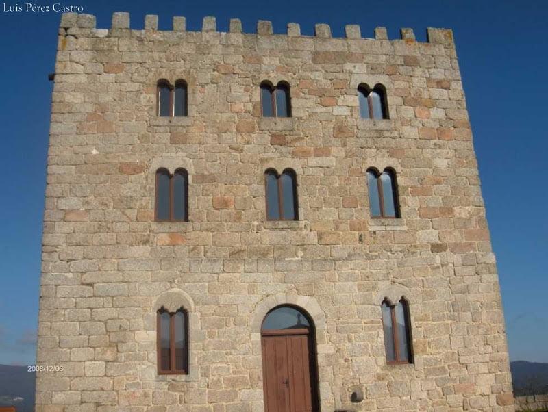 Torre de Castro de Ouro