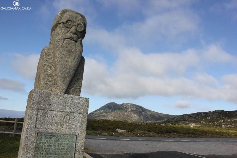 Estatua y Mirador de Valle Inclán