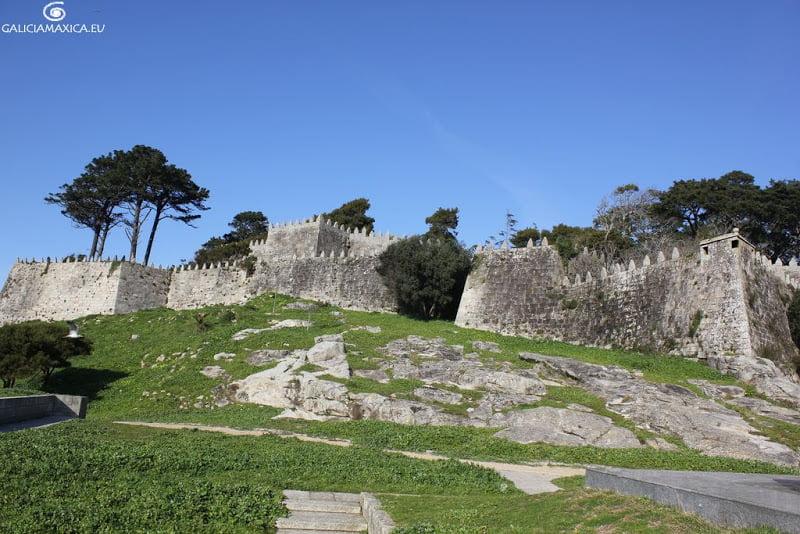 Murallas de la fortaleza