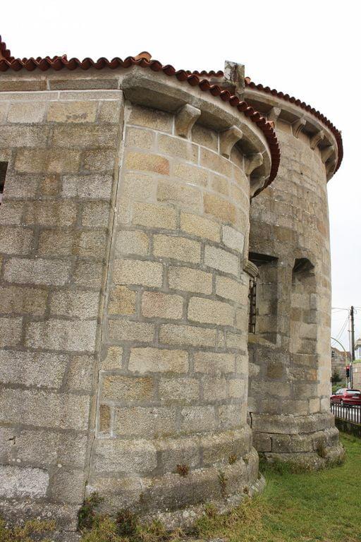 Ábside románico de Coruxo