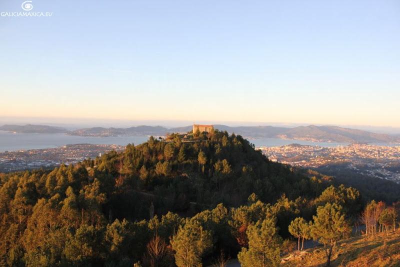 La capilla desde el Monte Cepudo