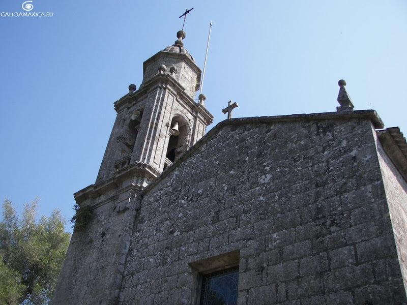 Iglesia de San Fins de Brión