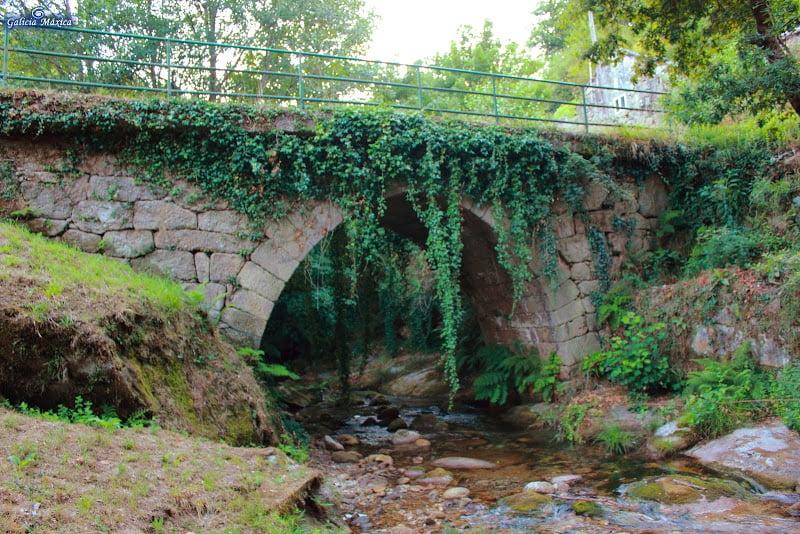 Puente del río Calvo