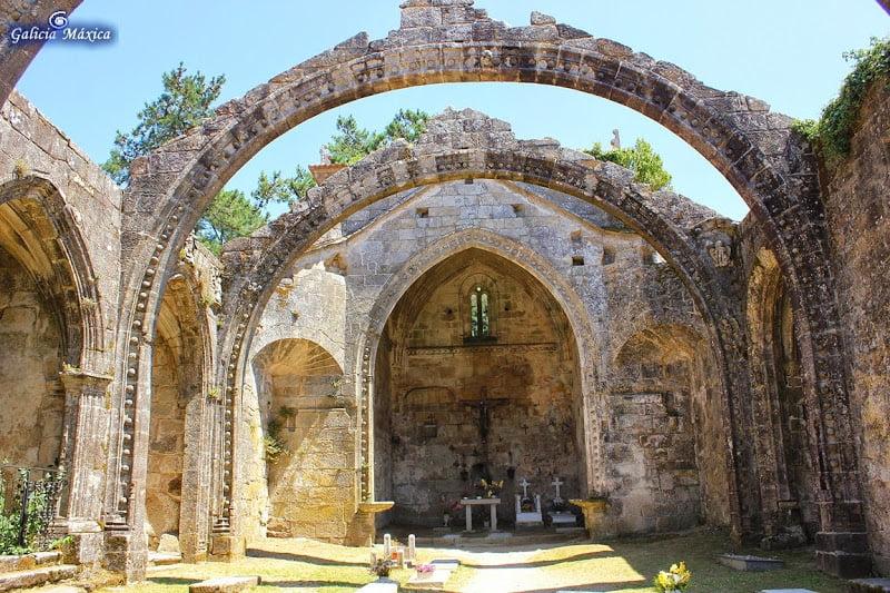 Iglesia Santa Mariña Dozo