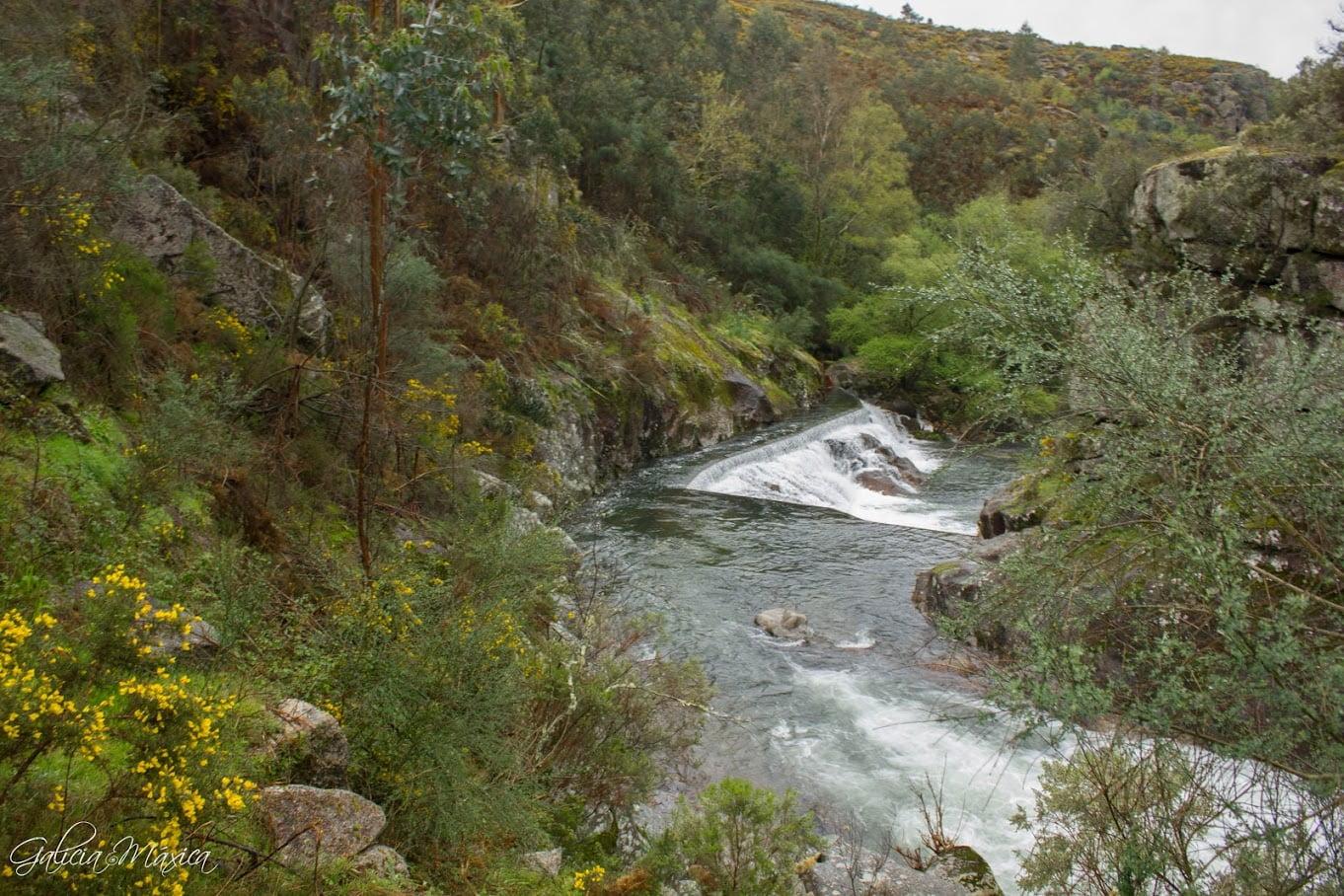 Río Almofrei