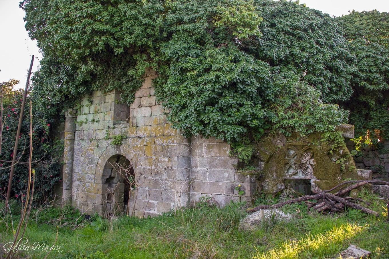 Fachada de San Paio de Albeos