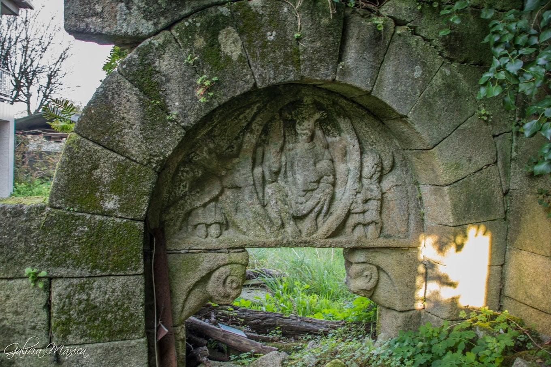 Pantocrator románico en Albeos