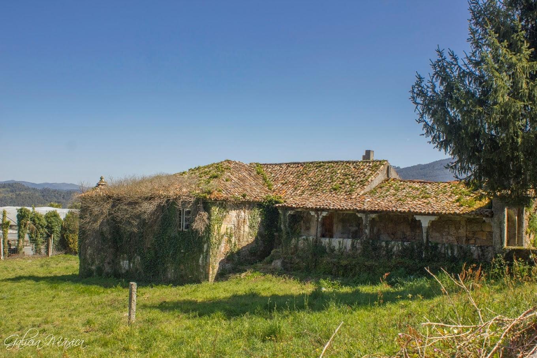 Casa rectoral abandonada