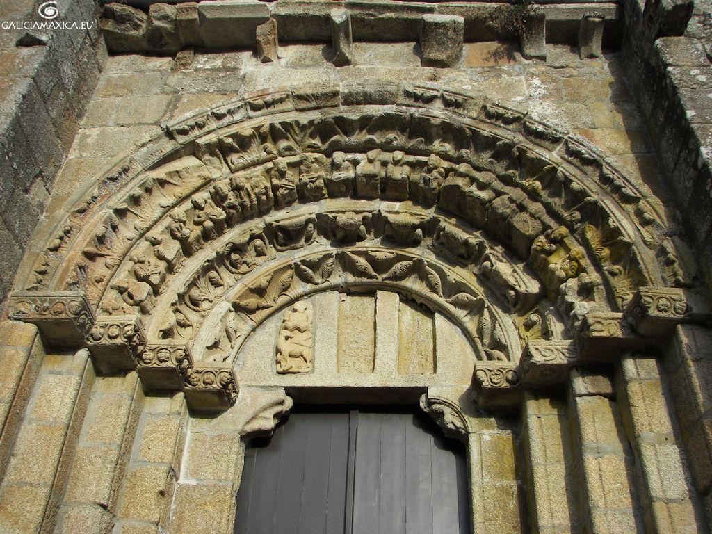 Portada del monasterio