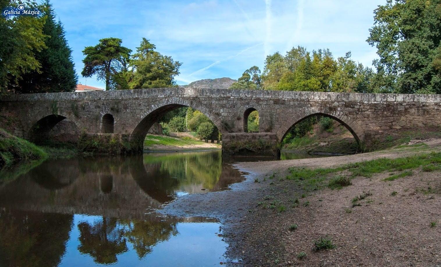 Puente Vilar de Mouros