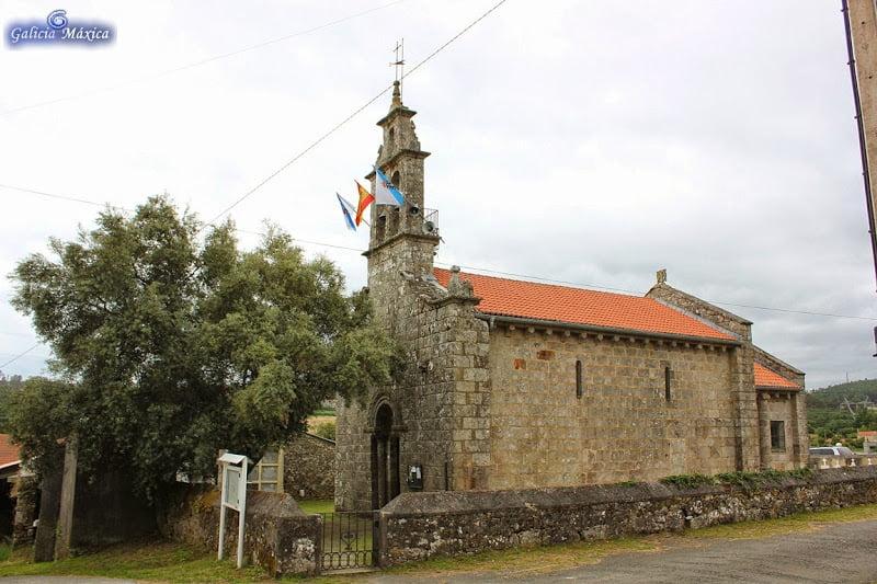 Iglesia de Loimil