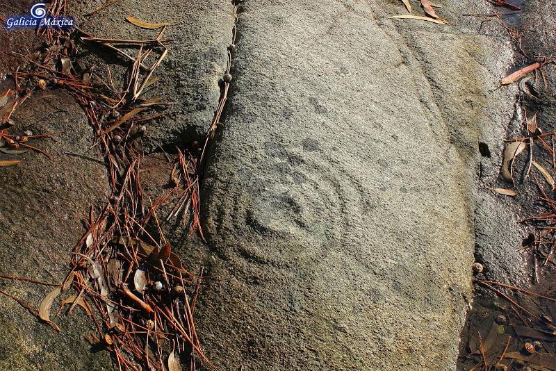 Petroglifos de Outeiro dos Lameiros