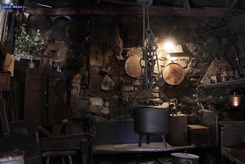 Interior de una palloza